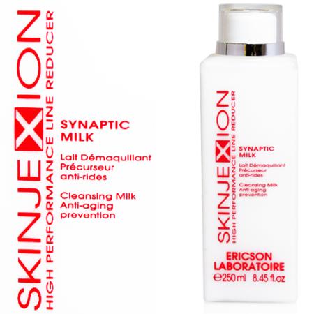 Skinjexion vam Ericson Laboratoire reinigt uw gezicht grondig zonder de beschermende laag van huid verwijderen.